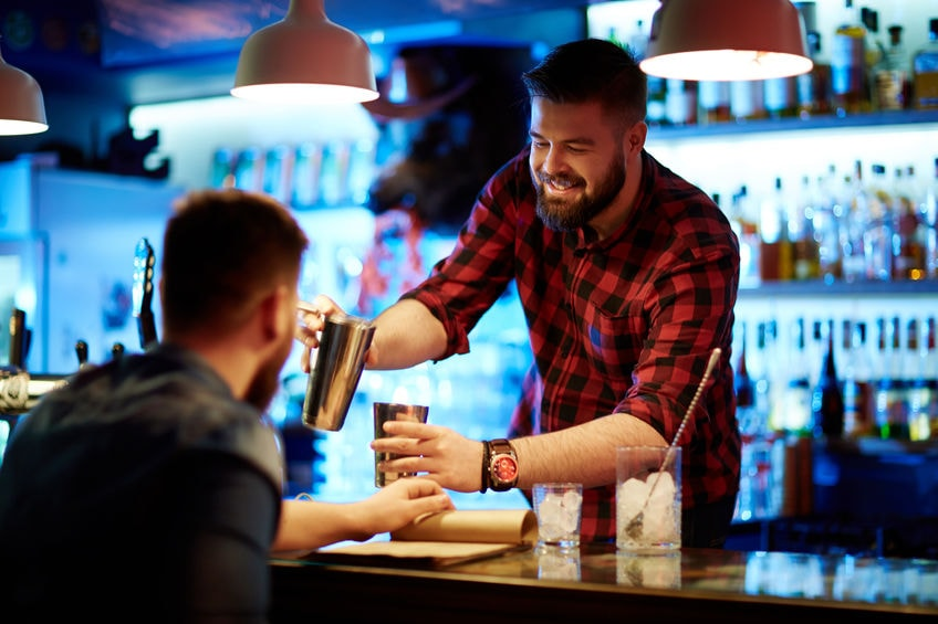 How to Attract Clientele to Your Bar