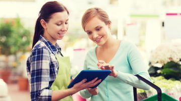 4 Ways to Impress Your Customers the Moment They Step Through the Door