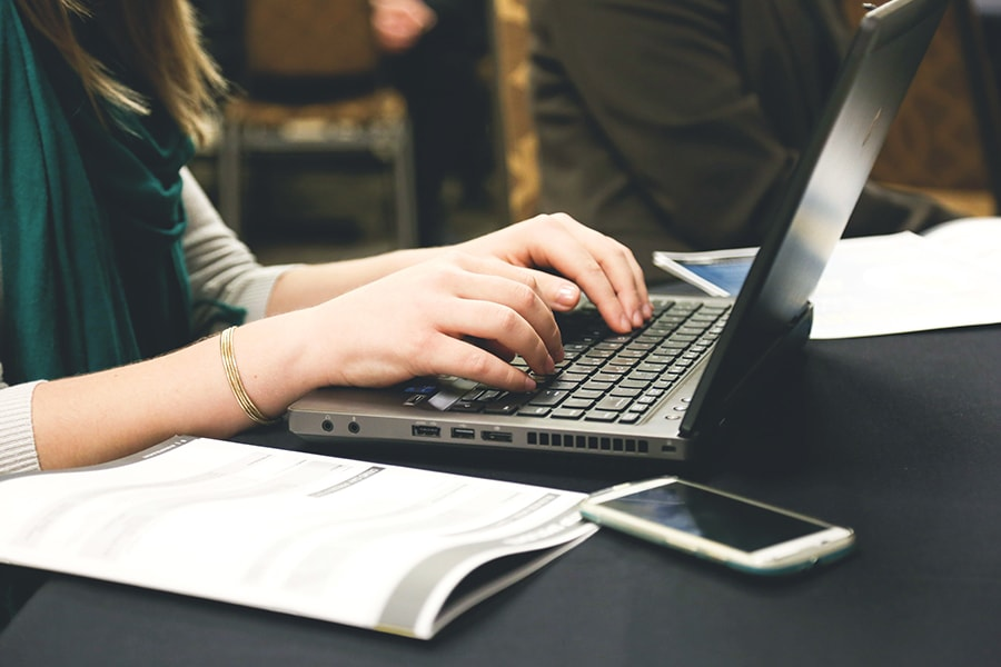 7 Tips on Writing Blog Content for Busy Online Readers