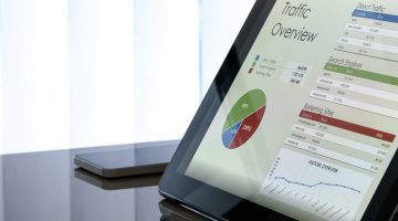 Paid Traffic, Organic Traffic, or Both? What You Should Know