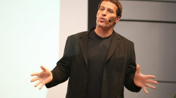 3 Things Attending a Tony Robbins Event Taught Me About Business