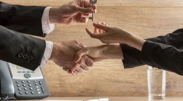 Timing Is Everything: Successful Small Business Owners Know When to Hold and When to Sell