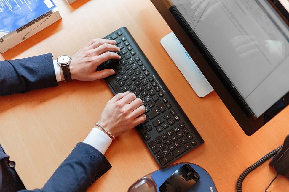 3 Benefits of Utilizing a Business Broker