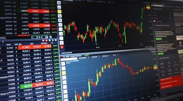 Becoming a Successful Forex Trader: Key Factors to Consider