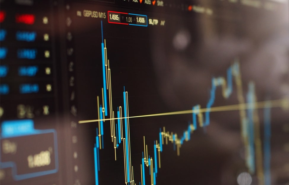 Broker or Trader: Which Career Is Right for You?