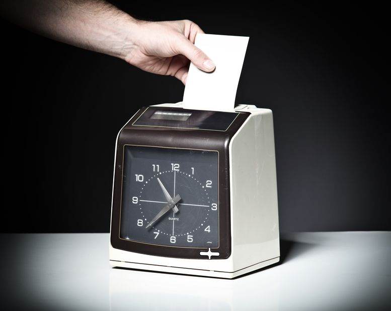 Clocking In To Cashing In – What Are The Timesheet Software Fundamentals?
