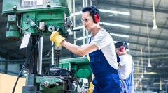 How to Optimize Safety in a Manufacturing Facility