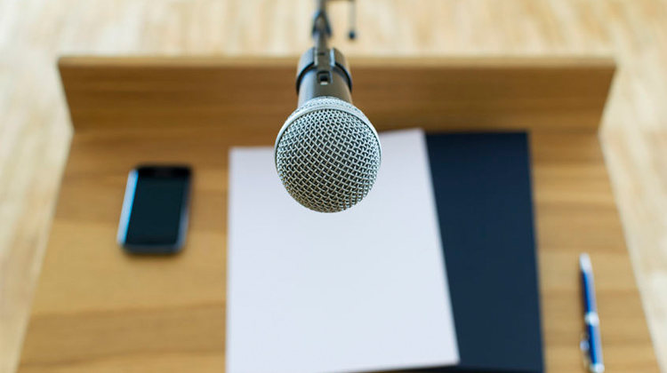 8 Tips to Becoming an Impactful Speaker