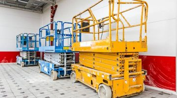 Tips on How to Use a Lift Table Safely