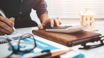 How to Effectively Manage Your Business's Finances