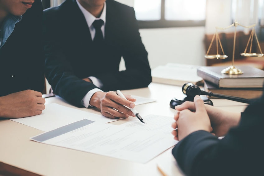 7 Reasons You Need a Business Attorney on Retainer