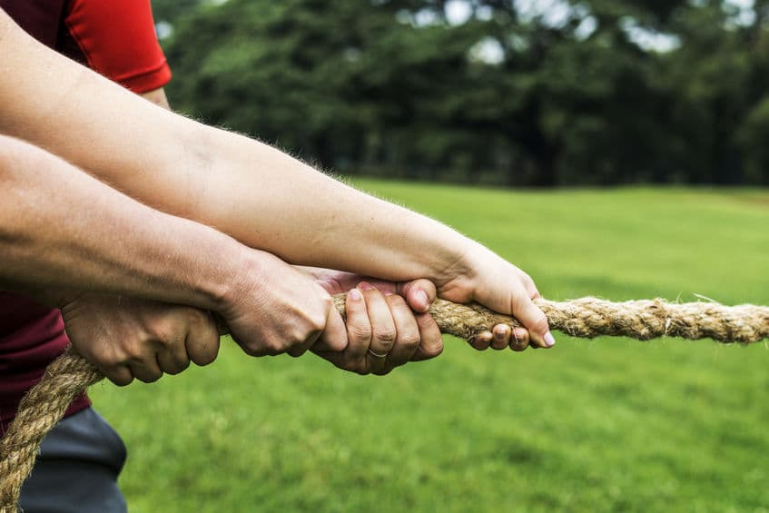 How to Win the Negotiation Tug-Of-War as a Freelancer