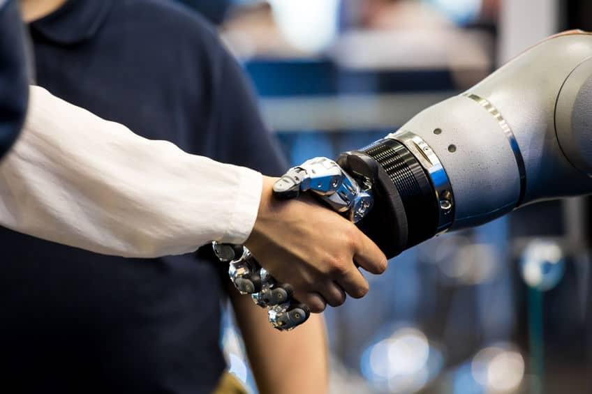 Robotics vs IoT