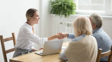 5 Facts about Financial Consultants