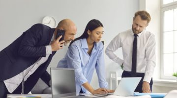 4 Signs that You Should be Outsourcing Your IT Support