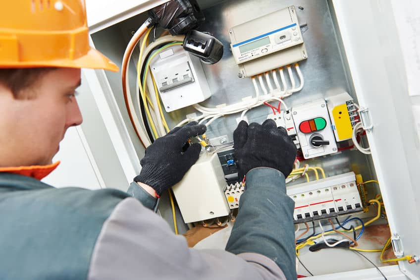 A Guide to Commercial Electrical Safety Tips