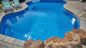 Fiberglass Vs Concrete Pools – What You Need to Know