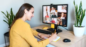 7 Ways to Encourage Communication Through Remote Working