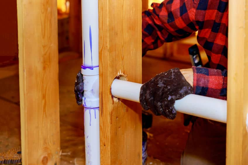 How to Use Plastic Water Pipe Fittings