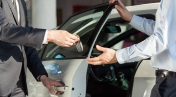 4 Reasons Why an Automotive CRM is a Game-changer for Your Small Dealership