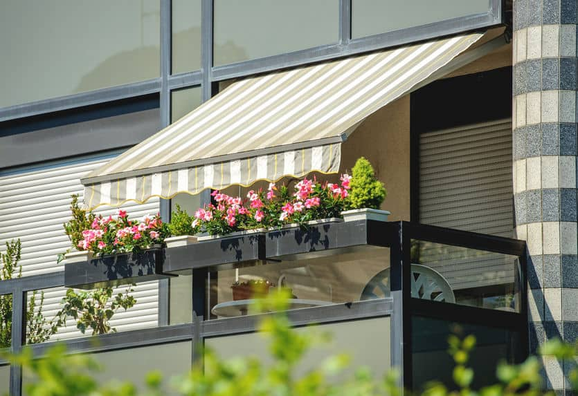 How Awnings Can Benefit Your Business