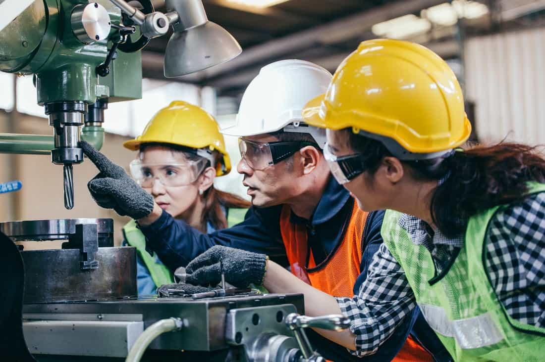 5 Ways to Maximize Manufacturing Productivity