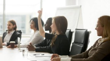 How to Engage Employees to Support Customer Service